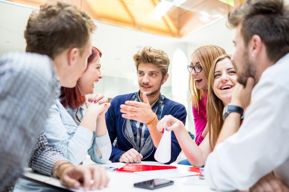 Друзей i знакомств для молодежи