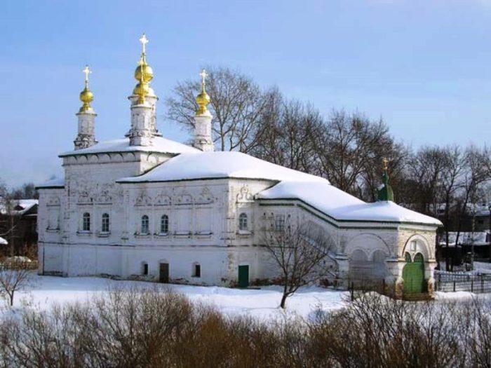 muzej-igrushki-cerkov