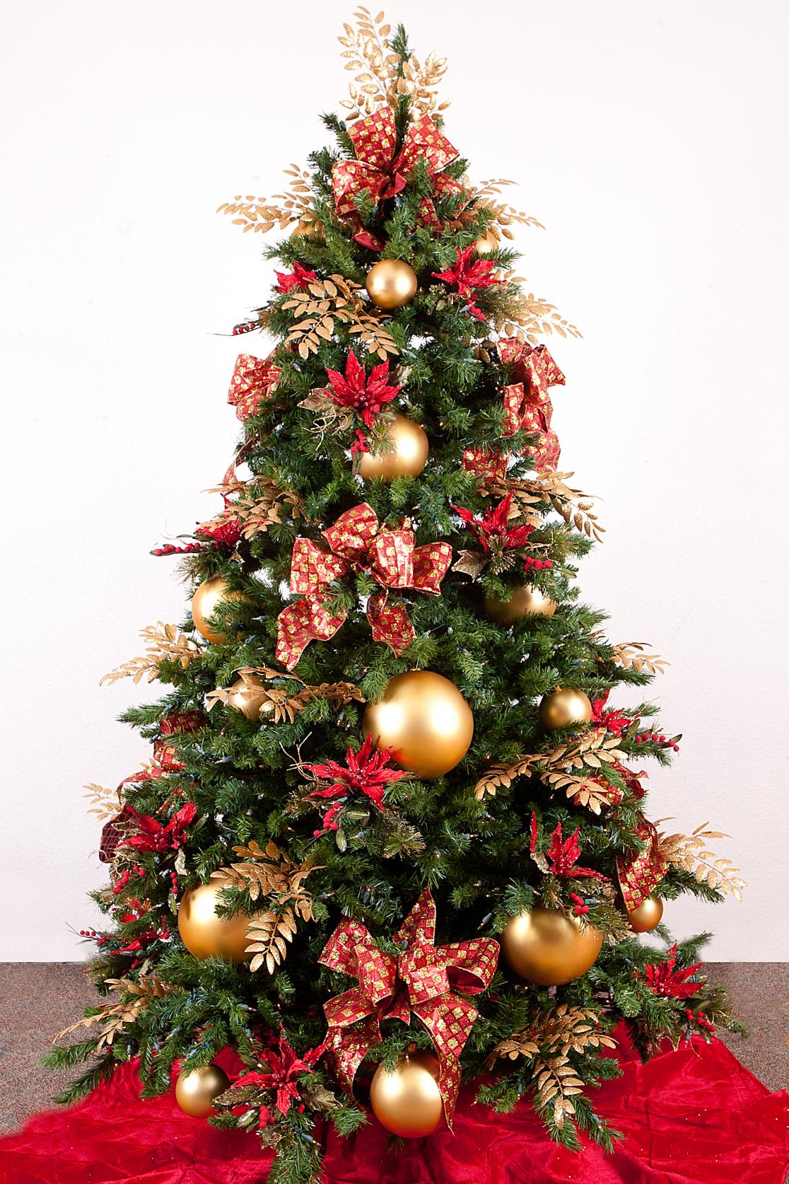 Новогодние гирлянды обозначают о том, что отношения в вашей семье, будут иметь некую приятную новизну.