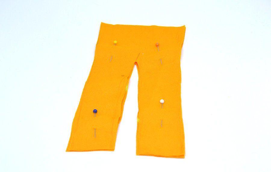 v4-900px-make-clothes-for-your-doll-step-16 Как сделать легко кукле одежду. Как сделать одежду для кукол своими руками, для Барби, для монстр Хай, для Лол