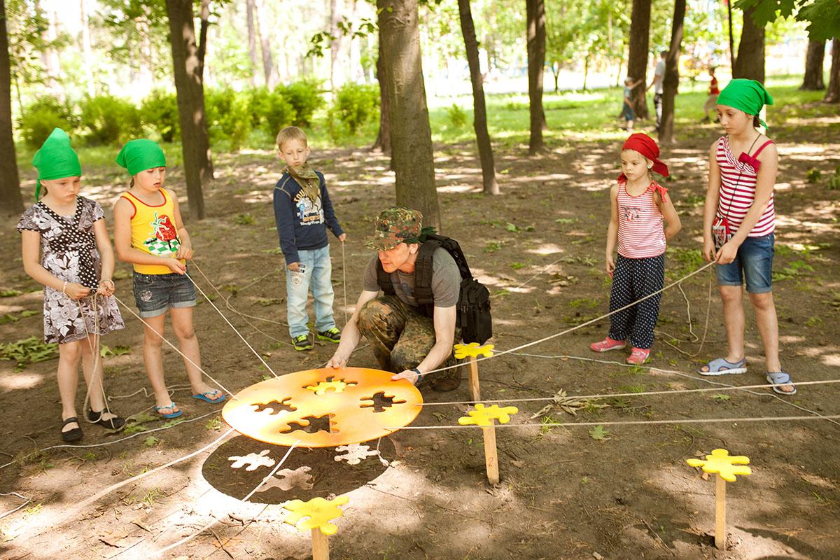 День мультиков в лагере сценарий