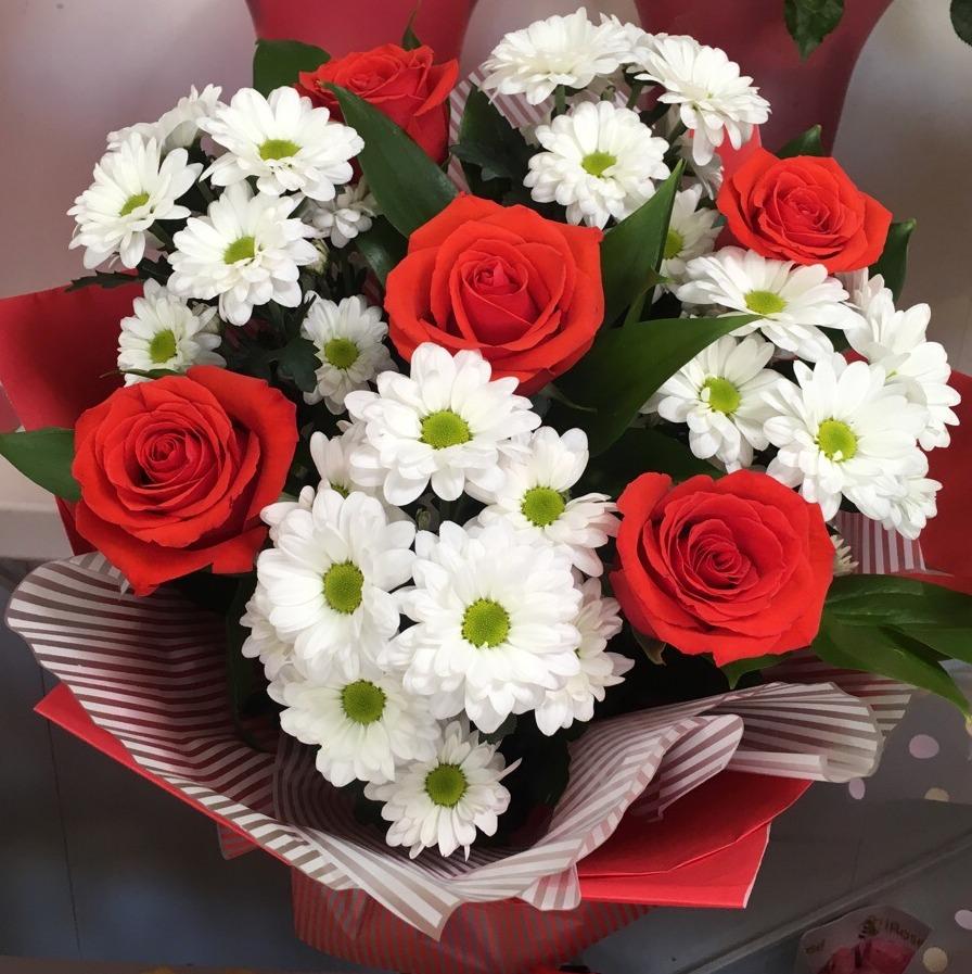 Букет розы с хризантемами картинки