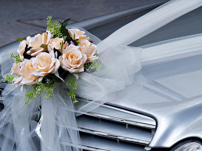 Свадебный букет с лентами на капот.как прикрепить, бизнес класса
